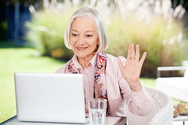Senior MMJ patients in Florida using video chat